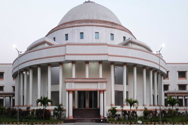 teachers enclosing legislative assembly lathi charged by the police